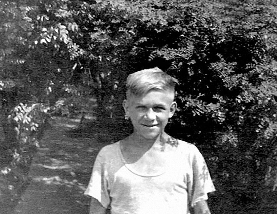 Лев Яшин в детстве