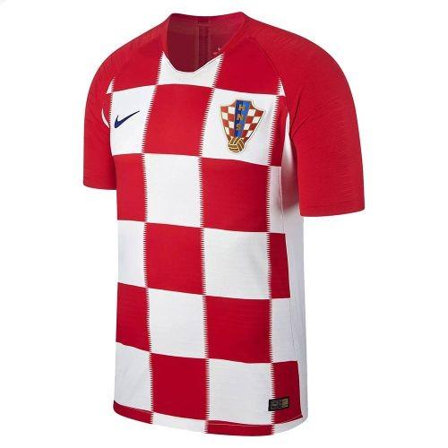 Футбольная форма сборной Хорватии по футболу на ЧМ-2018 (Комплект  футболка  + шорты f3515c47dd0