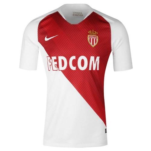 Купил футбольный клуб монако